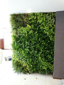 Tường lá cây giả ở quận Thủ Đức – nét đẹp cho nội thất hiện đại